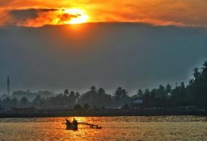 The sun rises in Mirissa