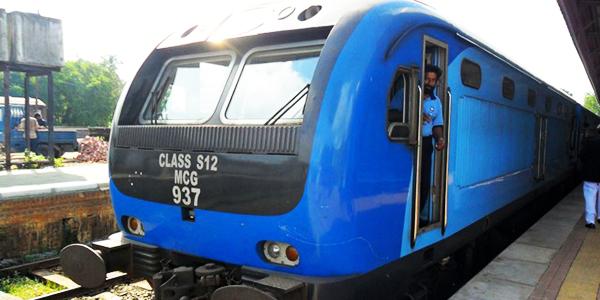 Class S12 power set locomotive to Jaffna