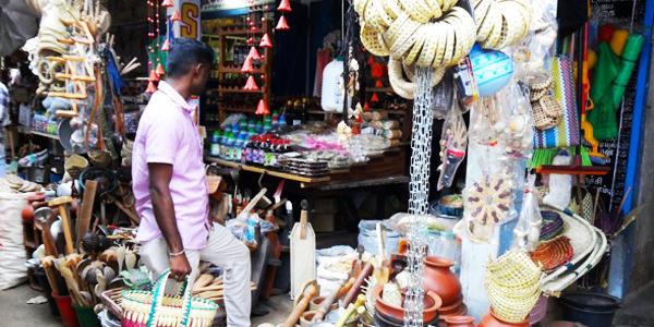 Palmyrah palm basket and kitchen imlements on sale at the Jaffna market